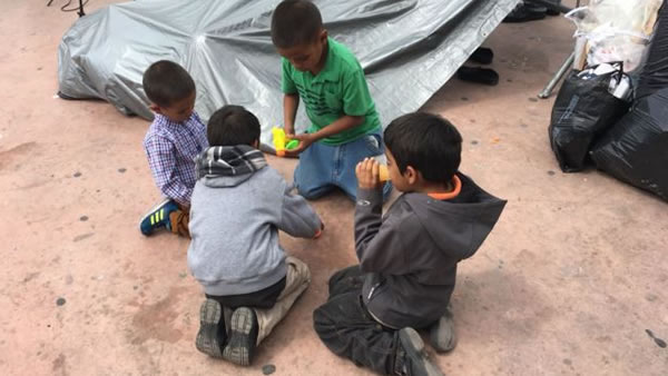 niños-de-caravana